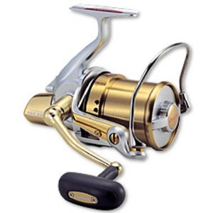 Molinete Daiwa Tournament Surf Basia 45 QDII